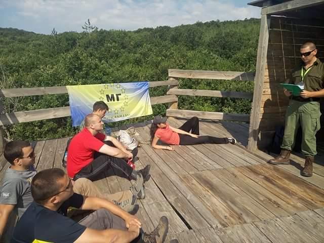 Младежи се учиха на безопасни мерки в планинско пътешествие