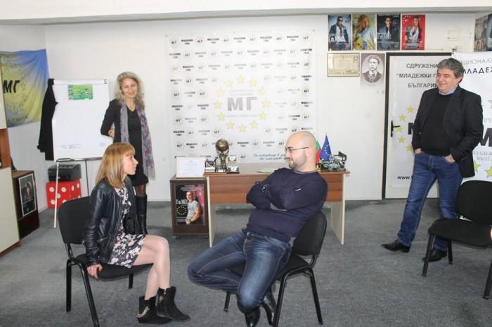 Безплатно обучение във Варна-Катя Пенева и доц. Румен Бостанджиев