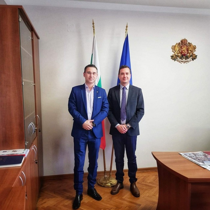 Официална среща в Министерство на младежта и спорта